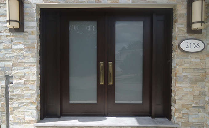High-end and classy wood door design