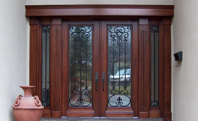 Portes Bourassa Wooden Front Door Tudor Style 021