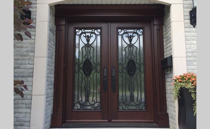 Portes Bourassa Wooden Front Door Tudor Style 085