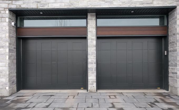 porte de garage en acier style moderne portes bourassa. Black Bedroom Furniture Sets. Home Design Ideas